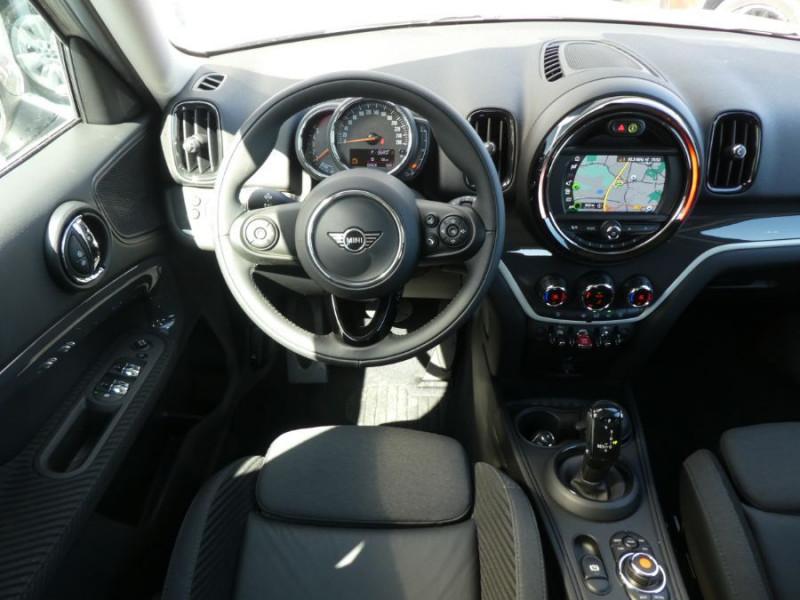 Photo 9 de l'offre de MINI COUNTRYMAN (F60) 2.0SD 190 BVA8 COOPER SD GPS Gtie 09/24 à 32750€ chez Mérignac auto