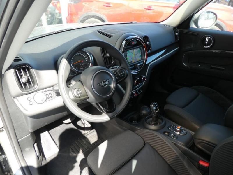 Photo 10 de l'offre de MINI COUNTRYMAN (F60) 2.0SD 190 BVA8 COOPER SD GPS Gtie 09/24 à 32750€ chez Mérignac auto
