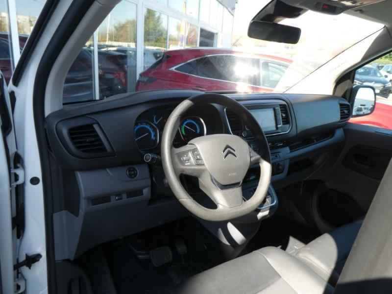 Photo 9 de l'offre de CITROEN JUMPY III XS ELECTRIQUE 136 50Kwh CITYVAN 2Ptes Lat. GPS Camera 23290HT à 27948€ chez Mérignac auto
