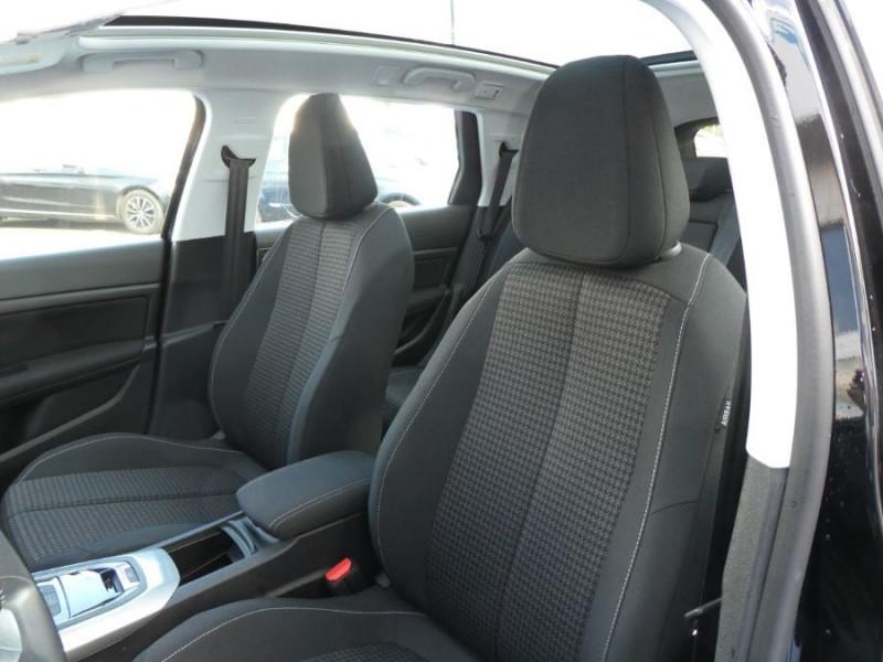 Photo 11 de l'offre de PEUGEOT 308 SW II (2) 1.5 BlueHDi 130 EAT6 BUSINESS GPS TOIT Pano à 17150€ chez Mérignac auto
