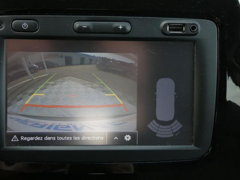 Photo 11 de l'offre de RENAULT CAPTUR 1.5 dCi 90 EDC INTENS Camera Radars 1ère Main à 14950€ chez Mérignac auto