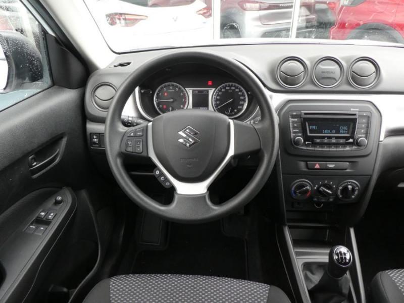 Photo 10 de l'offre de SUZUKI VITARA IV 1.0 BoosterJet 111 2WD AVANTAGE Bluetooth 1ère Main à 14990€ chez Mérignac auto