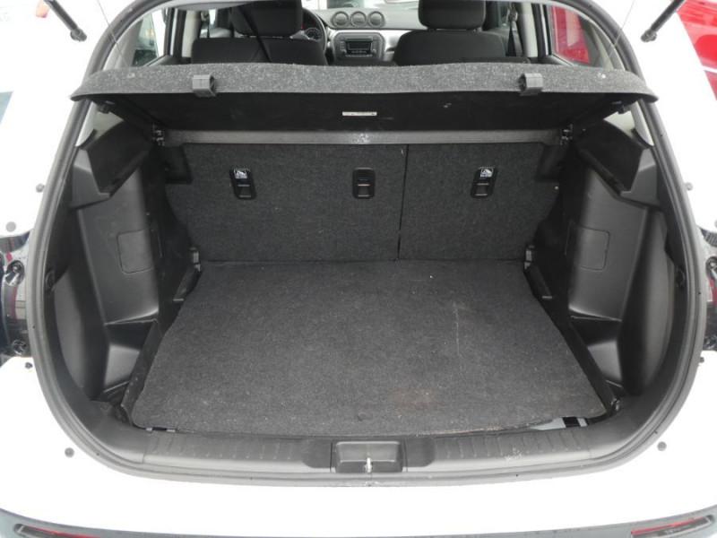 Photo 8 de l'offre de SUZUKI VITARA IV 1.0 BoosterJet 111 2WD AVANTAGE Bluetooth 1ère Main à 14990€ chez Mérignac auto