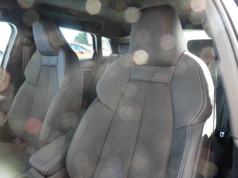 Photo 10 de l'offre de AUDI A3 SPORTBACK IV 40 TFSIe 204 S Tronic S LINE Mirror JA18 Sport à 40490€ chez Mérignac auto