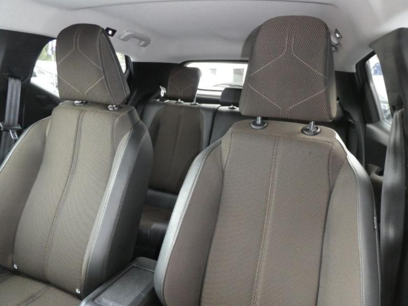 Photo 12 de l'offre de DS DS3 CROSSBACK BlueHDi 100 BV6 SO CHIC JA17 KeyLess Mirror à 22850€ chez Mérignac auto