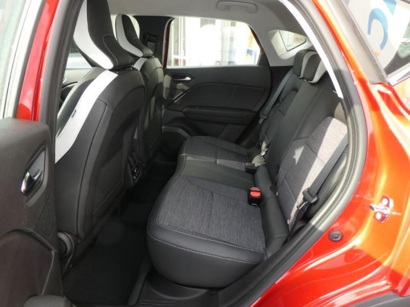 """Photo 7 de l'offre de RENAULT CAPTUR II TCe 140 EDC7 INTENS TECNO GPS 9.3"""" Camera JA17 Barres à 24450€ chez Mérignac auto"""