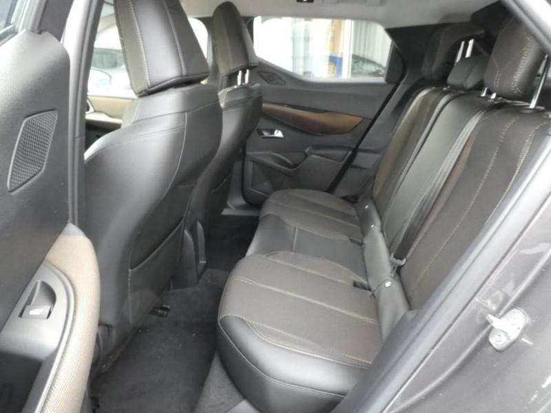 Photo 7 de l'offre de DS DS3 CROSSBACK BlueHDi 100 BV6 SO CHIC JA17 KeyLess Mirror à 22850€ chez Mérignac auto