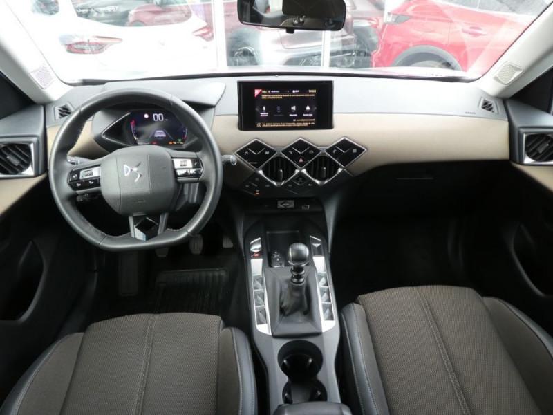 Photo 6 de l'offre de DS DS3 CROSSBACK BlueHDi 100 BV6 SO CHIC JA17 KeyLess Mirror à 22850€ chez Mérignac auto