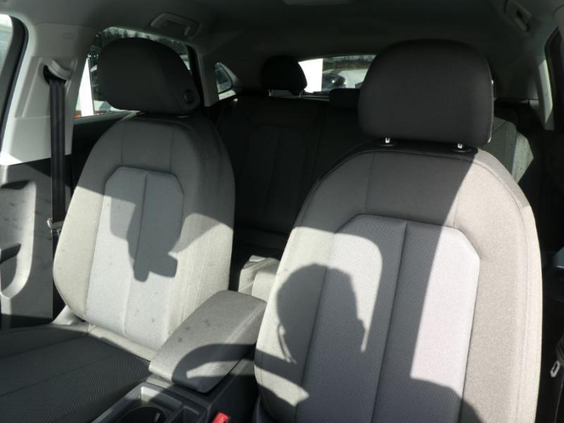 Photo 10 de l'offre de AUDI Q3 SPORTBACK 35 TDI 150 S Tronic 7 2WD GPS Cockpit LED JA18 à 43490€ chez Mérignac auto