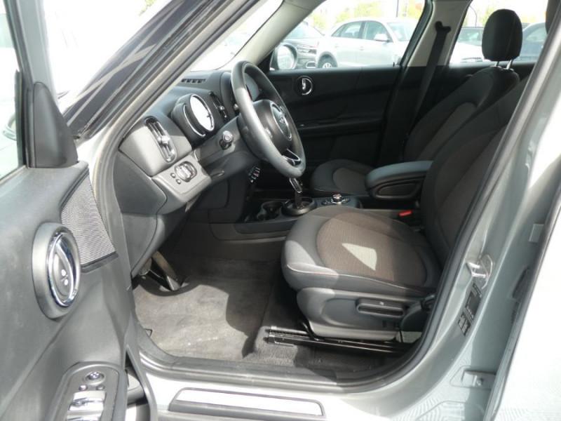 Photo 5 de l'offre de MINI COUNTRYMAN (F60) 1.5i 136 BVA7 COOPER GPS Camera Hayon elec. Gtie 01/23 à 28450€ chez Mérignac auto