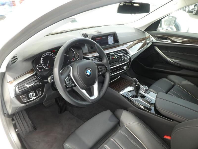 Photo 9 de l'offre de BMW SERIE 5 (G30) 520DA 190 BVA8 SPORTLINE CUIR TOE JA18 Gtie 01/23 à 39290€ chez Mérignac auto