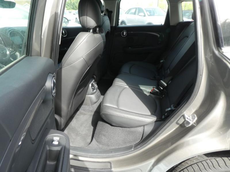 Photo 7 de l'offre de MINI COUNTRYMAN (F60) HYBRID ELECT. ALL4 224cv BVA6 COOPER SE GPS Camera JA18 Gtie 12/23 à 34450€ chez Mérignac auto