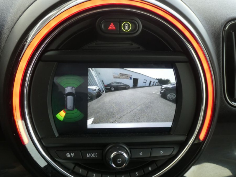 Photo 14 de l'offre de MINI COUNTRYMAN (F60) 1.5i 136 BVA7 COOPER GPS Camera Hayon elec. Gtie 01/23 à 28450€ chez Mérignac auto