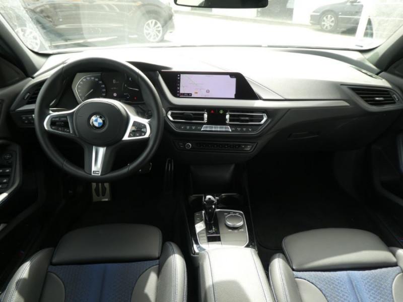 Photo 6 de l'offre de BMW SERIE 1 (F40) 118DA 150 BVA8 M SPORT GPS Privacy Glass Gtie 05/23 à 31990€ chez Mérignac auto