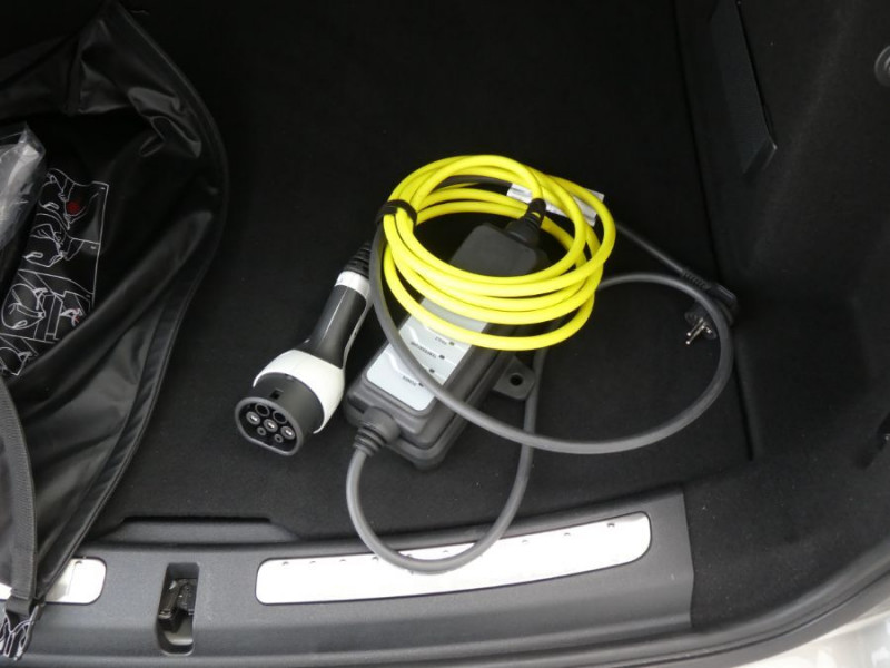 Photo 20 de l'offre de MINI COUNTRYMAN (F60) HYBRID ELECT. ALL4 224cv BVA6 COOPER SE GPS Camera JA18 Gtie 12/23 à 34450€ chez Mérignac auto