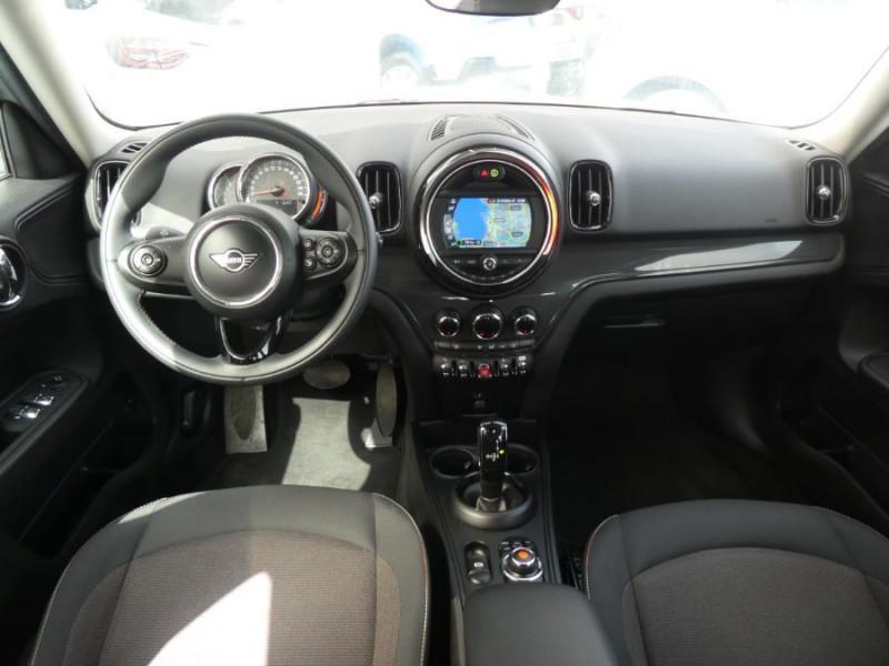 Photo 6 de l'offre de MINI COUNTRYMAN (F60) 1.5i 136 BVA7 COOPER GPS Camera Hayon elec. Gtie 01/23 à 28450€ chez Mérignac auto