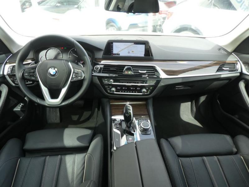 Photo 6 de l'offre de BMW SERIE 5 (G30) 520DA 190 BVA8 SPORTLINE CUIR TOE JA18 Gtie 01/23 à 39290€ chez Mérignac auto