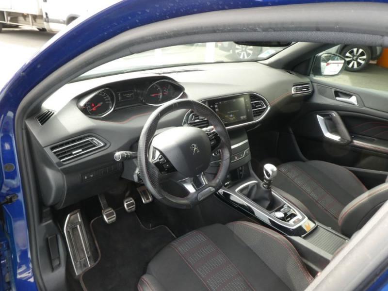 Photo 9 de l'offre de PEUGEOT 308 1.2 PureTech 130 BV6 GT LINE à 16450€ chez Mérignac auto