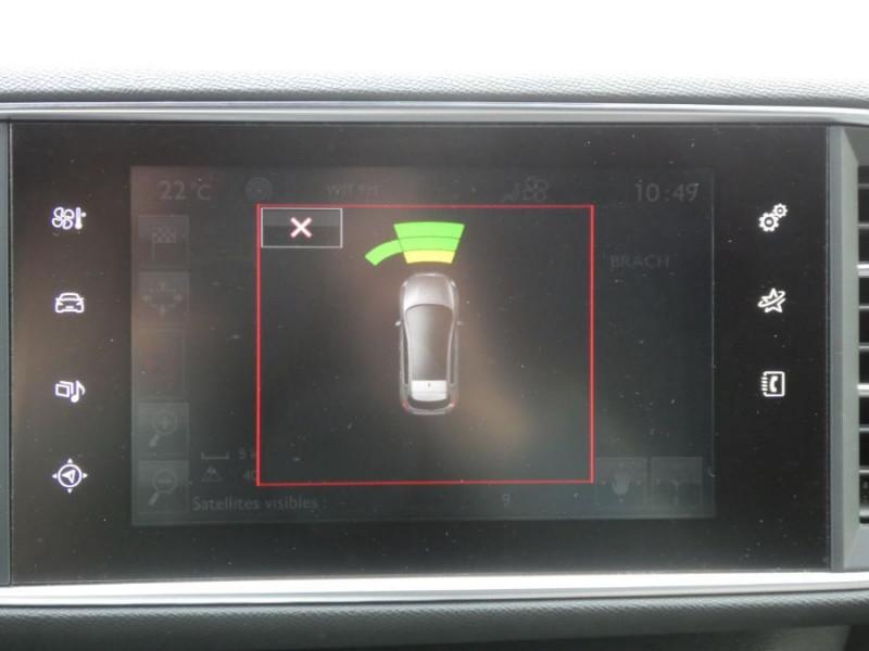 Photo 15 de l'offre de PEUGEOT 308 1.2 PureTech 130 BV6 GT LINE à 16450€ chez Mérignac auto