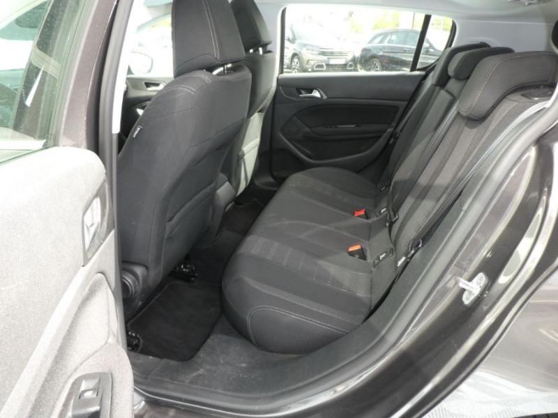 Photo 7 de l'offre de PEUGEOT 308 1.6 BlueHDi 120 BV6 ALLURE TOIT Pano Camera 1ère Main à 16450€ chez Mérignac auto
