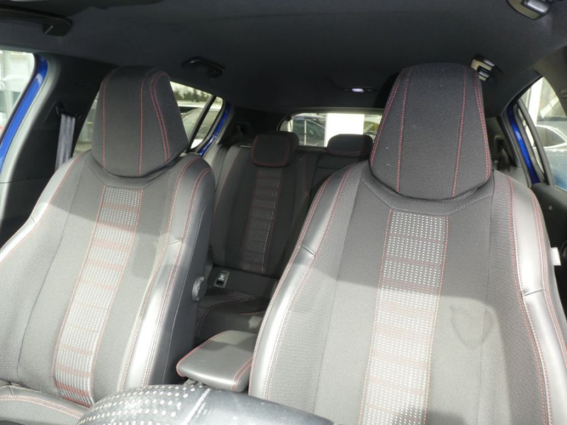 Photo 10 de l'offre de PEUGEOT 308 1.2 PureTech 130 BV6 GT LINE à 16450€ chez Mérignac auto