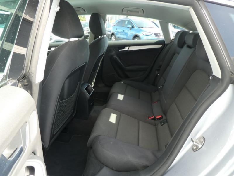 Photo 7 de l'offre de AUDI A5 SPORTBACK (2) 2.0 TDI 136 BV6 ATTRACTION 5P 1ère Main à 17950€ chez Mérignac auto