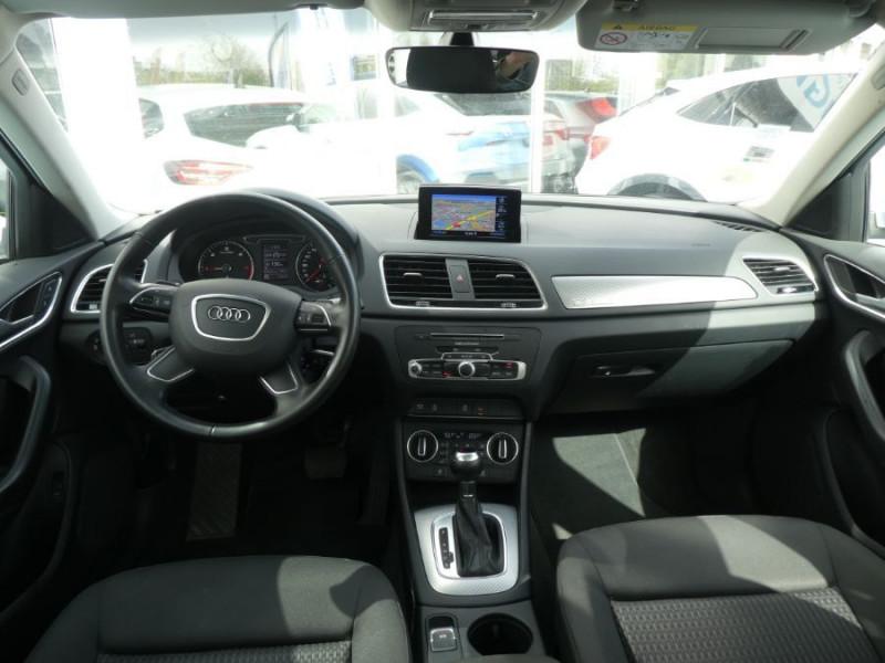 Photo 6 de l'offre de AUDI Q3 II 2.0 TDI 150 S Tronic QUATTRO Ambiente Radars TOE Pano Hayon él. à 23950€ chez Mérignac auto