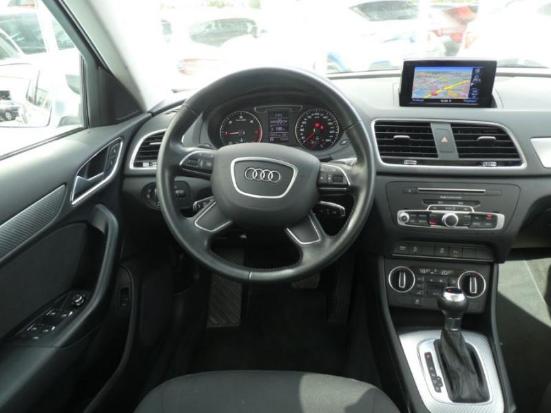 Photo 11 de l'offre de AUDI Q3 II 2.0 TDI 150 S Tronic QUATTRO Ambiente Radars TOE Pano Hayon él. à 23950€ chez Mérignac auto
