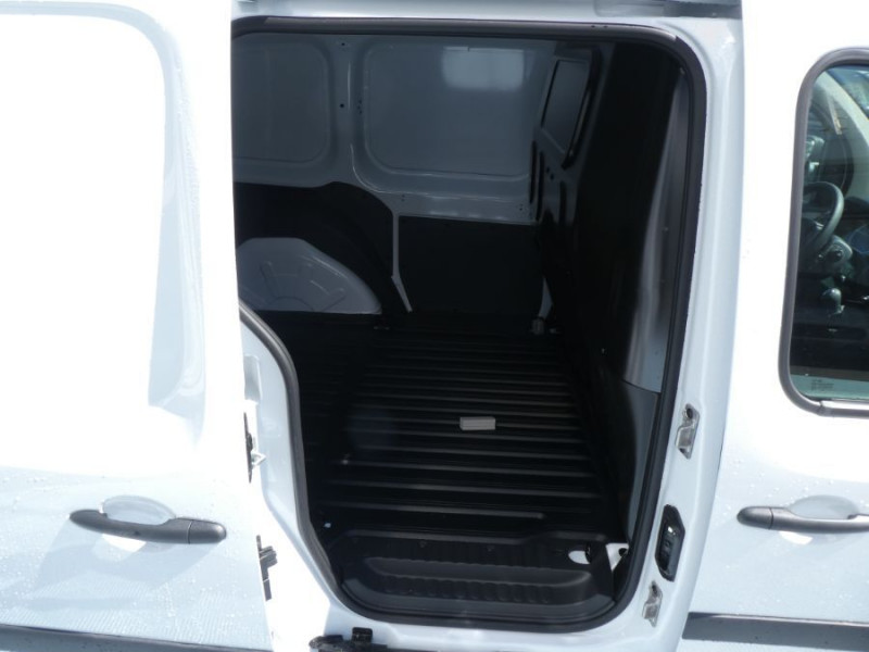 Photo 9 de l'offre de RENAULT KANGOO EXPRESS II Blue dCi 95 BV6 EXTRA R-LINK GPS Radar 14575HT à 17490€ chez Mérignac auto