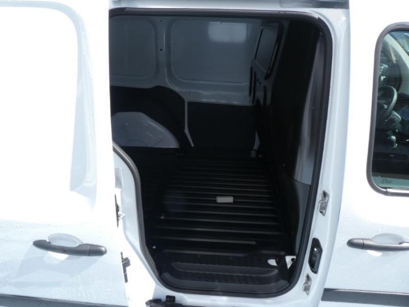 Photo 9 de l'offre de RENAULT KANGOO EXPRESS II Blue dCi 95 BV6 EXTRA R-LINK GPS Radar 3PL 14790HT à 17748€ chez Mérignac auto