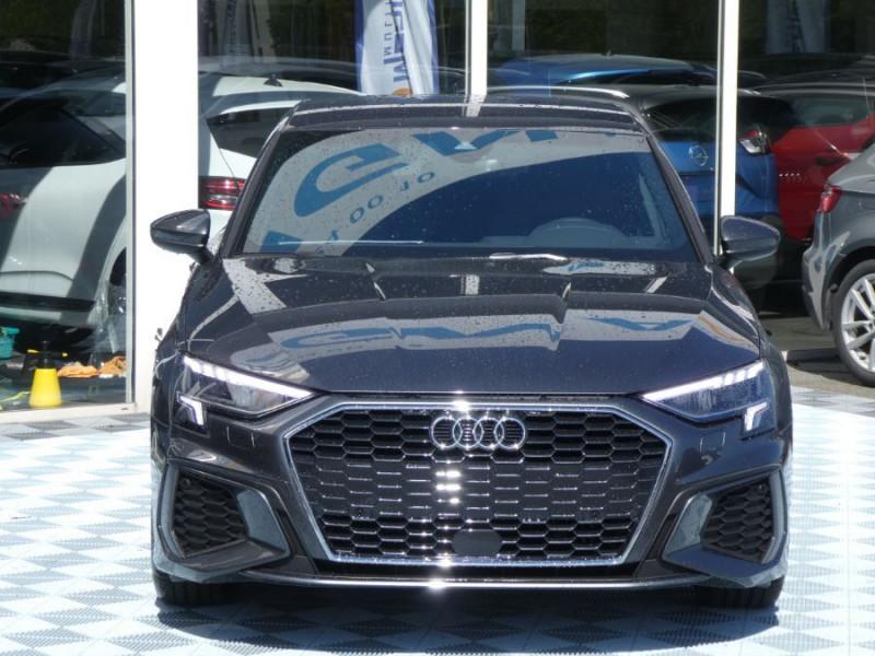 Photo 17 de l'offre de AUDI A3 SPORTBACK IV 35 TFSI 150 MHEV S Tronic 7 S LINE Mirror JA18 Audi Sport Etoile à 34980€ chez Mérignac auto