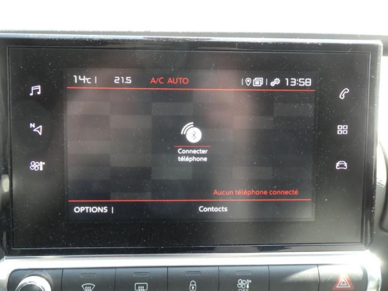 Photo 16 de l'offre de CITROEN C4 CACTUS (2) 1.5 BlueHDi 100 BV6 SHINE Camera Radars JA17 à 16450€ chez Mérignac auto