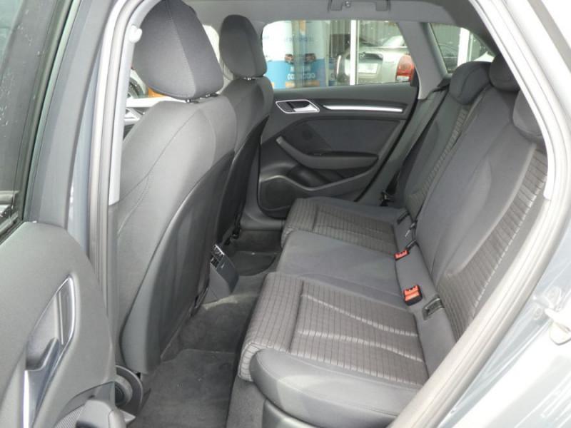 Photo 7 de l'offre de AUDI A3 SPORTBACK 40 TFSI 190 S Tronic 7 SPORT QUATTRO à 28500€ chez Mérignac auto