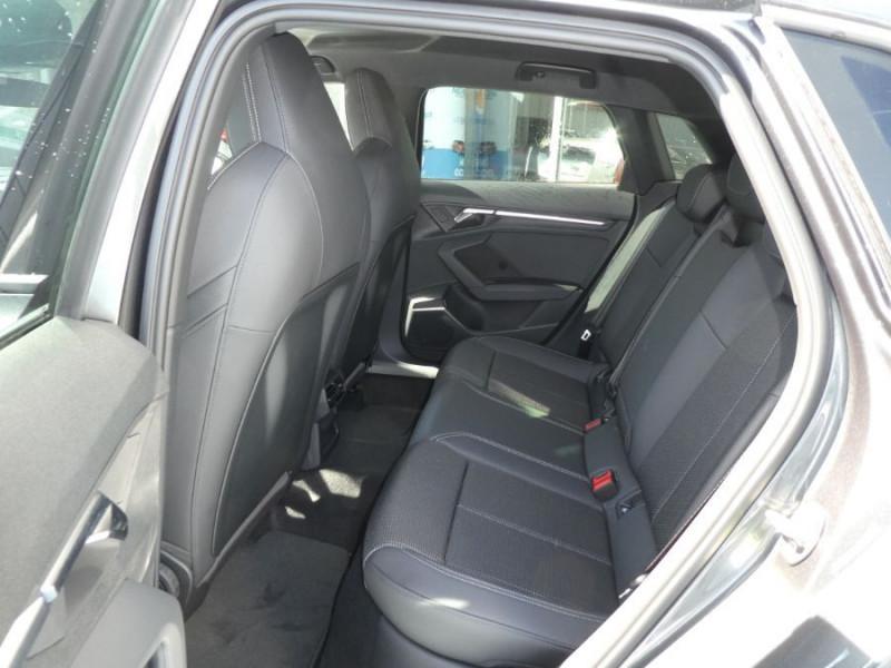 Photo 7 de l'offre de AUDI A3 SPORTBACK IV 35 TFSI 150 MHEV S Tronic 7 S LINE Mirror JA18 Audi Sport Etoile à 34980€ chez Mérignac auto