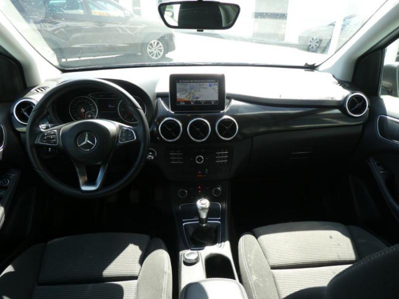 Photo 6 de l'offre de MERCEDES-BENZ CLASSE B 180D BV6 BUSINESS GPS Camera 1ère Main à 14490€ chez Mérignac auto