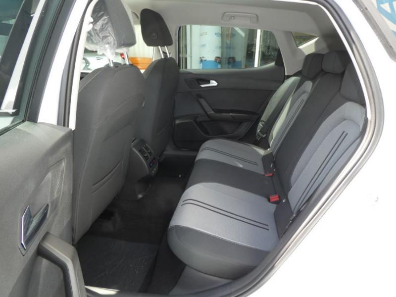 Photo 7 de l'offre de SEAT LEON IV 1.5 TSI 130 BV6 BUSINESS GPS Full LED JA17 Privacy Glass Gtie 11/24 à 23250€ chez Mérignac auto