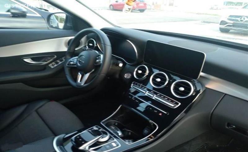 Photo 3 de l'offre de MERCEDES-BENZ CLASSE C IV 200 D 160 9G-Tronic AMG LINE JA18 LED Camera à 32950€ chez Mérignac auto