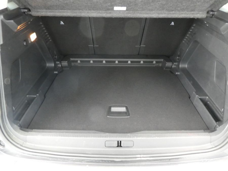 Photo 8 de l'offre de CITROEN C5 AIRCROSS BlueHDi 130 EAT8 SHINE à 28450€ chez Mérignac auto