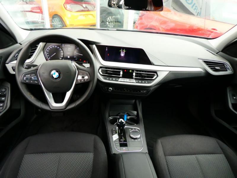 Photo 6 de l'offre de BMW SERIE 1 (F40) 118DA 150 BVA8 BUSINESS GPS Keyless Privacy Glass Gtie 02/23 à 29950€ chez Mérignac auto