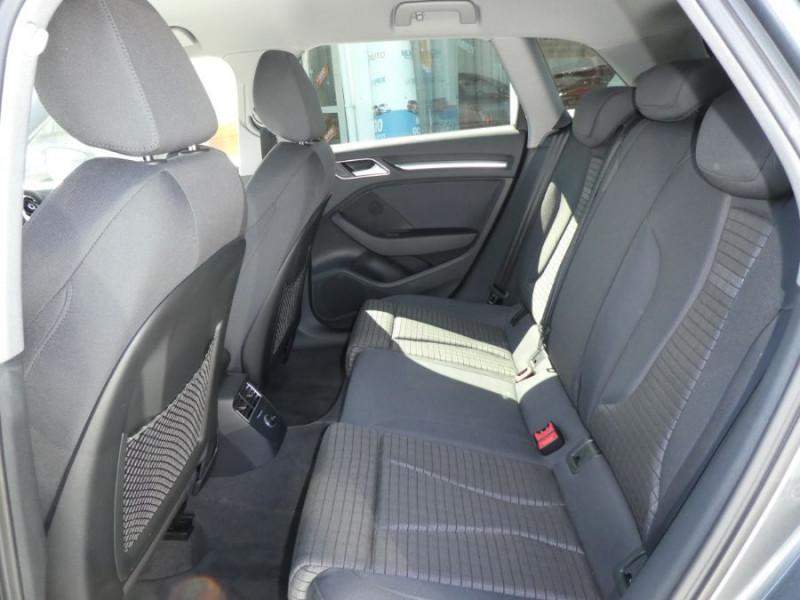 Photo 7 de l'offre de AUDI A3 SPORTBACK 30 TDI 116 BV6 SPORT PLUS GPS JA17 à 22750€ chez Mérignac auto