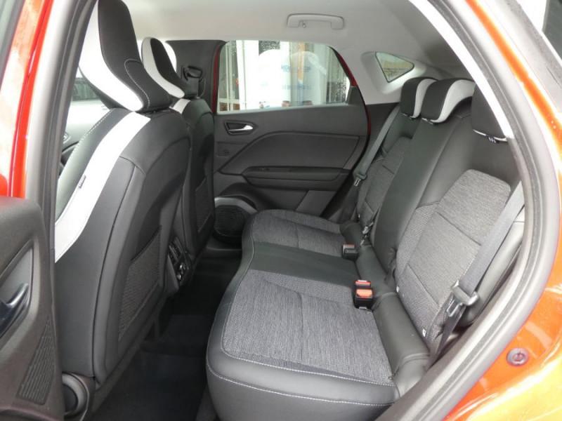 """Photo 6 de l'offre de RENAULT CAPTUR II TCe 140 EDC7 INTENS TECNO GPS 9.3"""" Camera JA17 Barres à 24450€ chez Mérignac auto"""