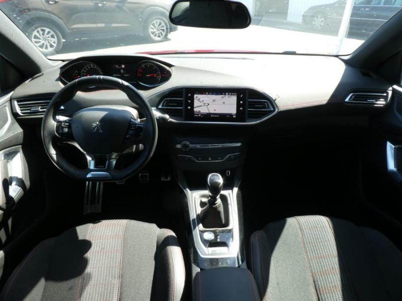 Photo 4 de l'offre de PEUGEOT 308 II (2) 1.5 BlueHDi 130 BV6 GT Camera à 20980€ chez Mérignac auto