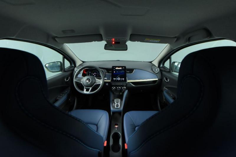 Photo 5 de l'offre de RENAULT ZOE R135 EXCEPTION CUIR GPS Bose Achat Intégral à 22950€ chez Mérignac auto