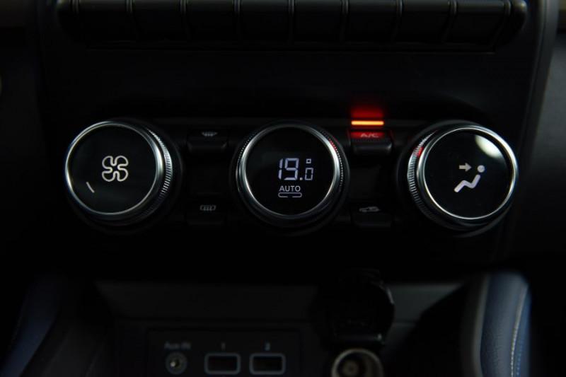 Photo 17 de l'offre de RENAULT ZOE R135 EXCEPTION CUIR GPS Bose Achat Intégral à 22950€ chez Mérignac auto