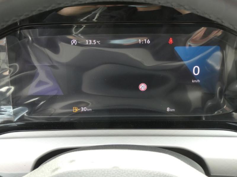 Photo 13 de l'offre de VOLKSWAGEN GOLF VIII 1.5 TSI 130 BV6 LIFE GPS Tél. Induction à 23980€ chez Mérignac auto