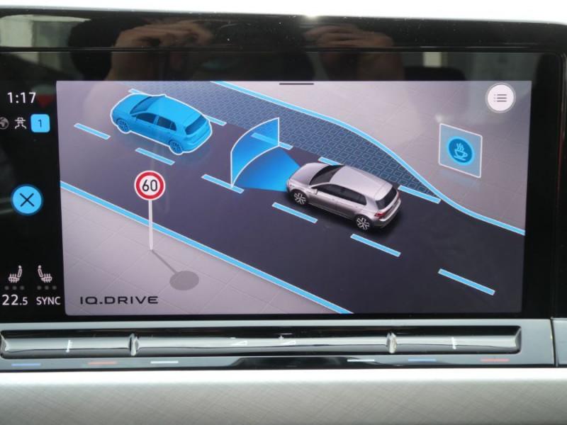 Photo 17 de l'offre de VOLKSWAGEN GOLF VIII 1.5 TSI 130 BV6 LIFE GPS Tél. Induction à 24350€ chez Mérignac auto