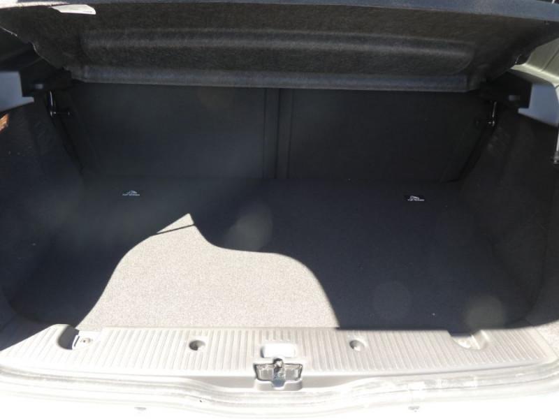Photo 5 de l'offre de RENAULT TWINGO III (2) 1.0 SCe 75 LIMITED Bluetooth à 11580€ chez Mérignac auto