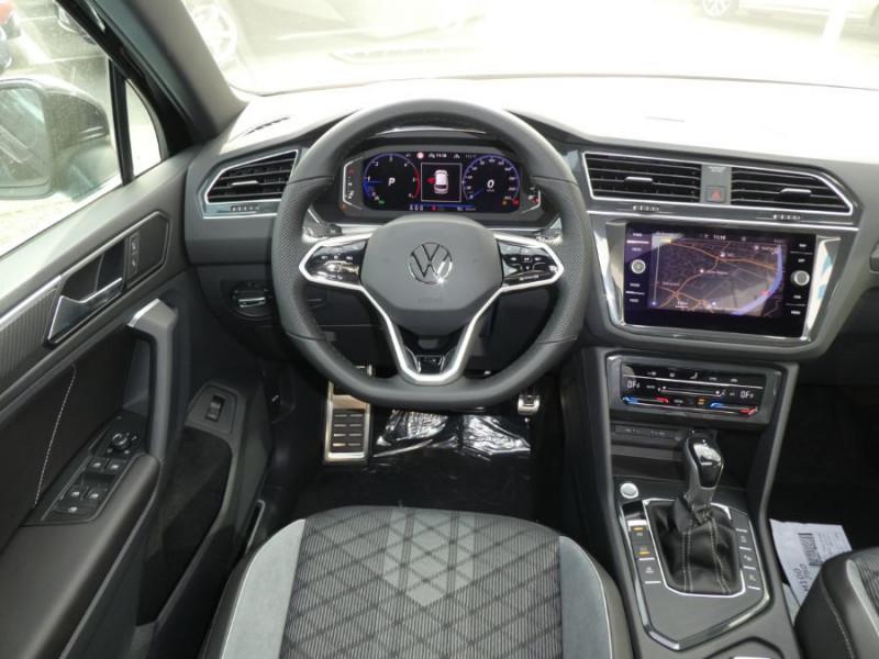 Photo 11 de l'offre de VOLKSWAGEN TIGUAN 2.0 TDI 150 DSG R-LINE TOIT Pano LED Matrix JA20 Caméra 360° à 43900€ chez Mérignac auto