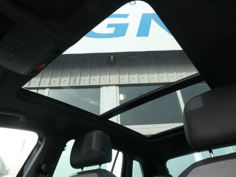 Photo 10 de l'offre de VOLKSWAGEN TIGUAN 2.0 TDI 150 DSG R-LINE TOIT Pano LED Matrix JA20 Caméra 360° à 43900€ chez Mérignac auto