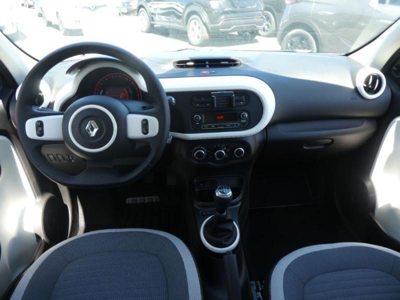 Photo 8 de l'offre de RENAULT TWINGO III (2) 1.0 SCe 75 LIMITED Bluetooth à 11580€ chez Mérignac auto